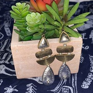 Multi-tone drop earrings-simple details from Lucky